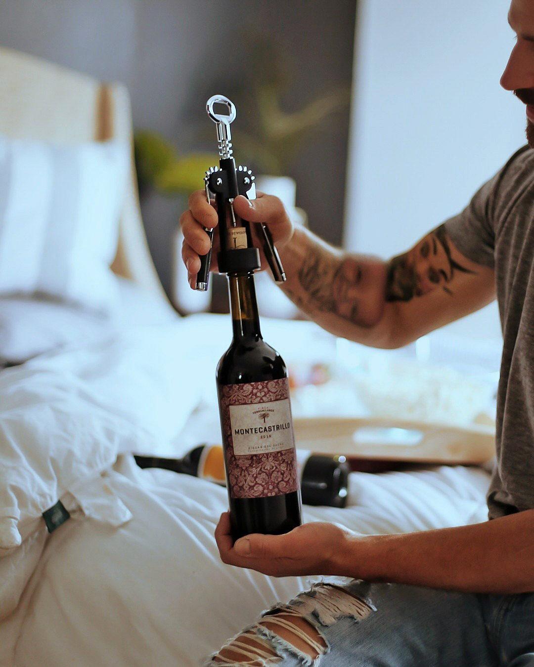 Pinot Noir Blog Review